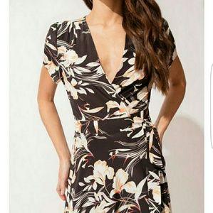 NWOT Yumi Kim Kennedy silk dress Size M